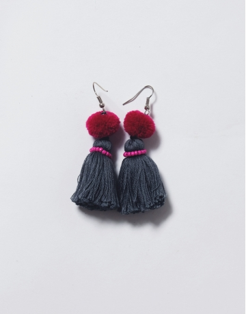 Tassel Earrings Red/ Black