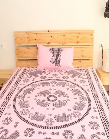 Elephant Printed Pink Cotton Bed Sheet